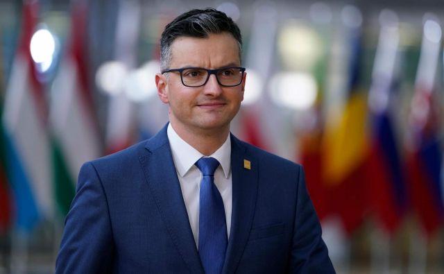 Premier <strong>Marjan Šarec</strong> je ob prihodu na vrh EU komentiral tudi notranjepolitična vprašanja. FOTO: Kenzo Tribouillard/AFP