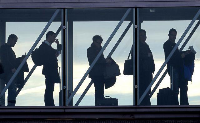 Število potnikov na ljubljanskem letališču se je po dveh letih rasti lani zmanjšalo, in sicer z 1,81 milijona leta 2018 na 1,72 milijona. Foto Tomi Lombar