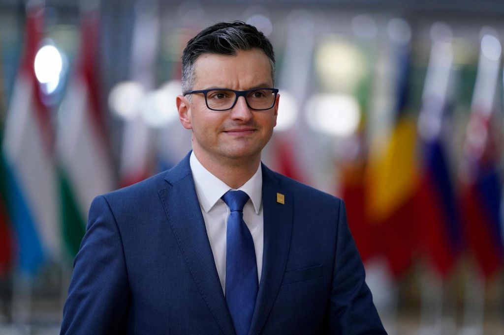 Premier Marjan Šarec: Larifari, kvazi afera, fake news*