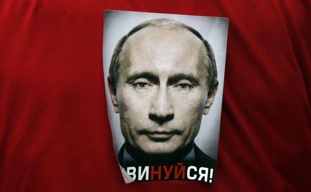 Večina Rusov si želi, da bi jim Vladimir Putin vladal tudi po koncu svojega zadnjega predsedniškega mandata. Foto: Reuters