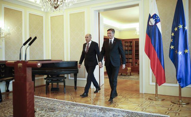 Jutri se bodo morali vodje poslanskih skupin pred predsednikom republike Borutom Pahorjem izreči, ali lahko sestavijo novo vlado ali ne. Oči bodo še posebej uprte v SDS, ki pogajanja za novo koalicijo vodi. FOTO: Uroš Hočevar
