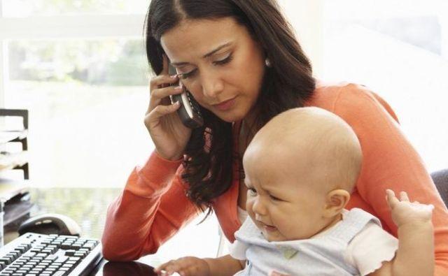 Materinstvo in služba. FOTO: Shutterstock