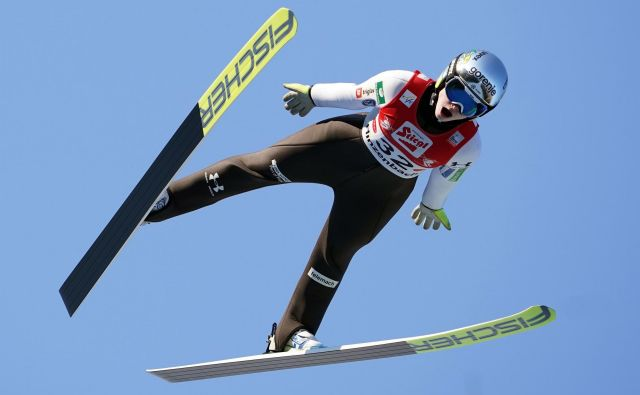 Nika Križnar je skočila na tretjem mesto. FOTO: AFP