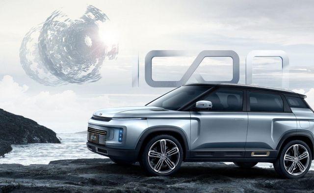 Kitajski Geely zaradi padca prodaje avtomobilov zaradi koronavirusa spodbuja nakupe po spletu.<br /> Foto Geely