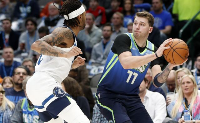 Luka Dončić je z Dallas Mavericks v severnoameriški ligi NBA doma gostil Minnesota Timberwolves in zmagal s 139:123. FOTO: USA Today Sports