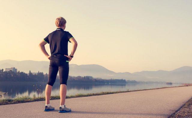 Še lažje in najbolj verjetno da boste cilj izpolnili, je vadba v tekaški skupini pod vodstvom izkušenega trenerja.Foto: Shutterstock