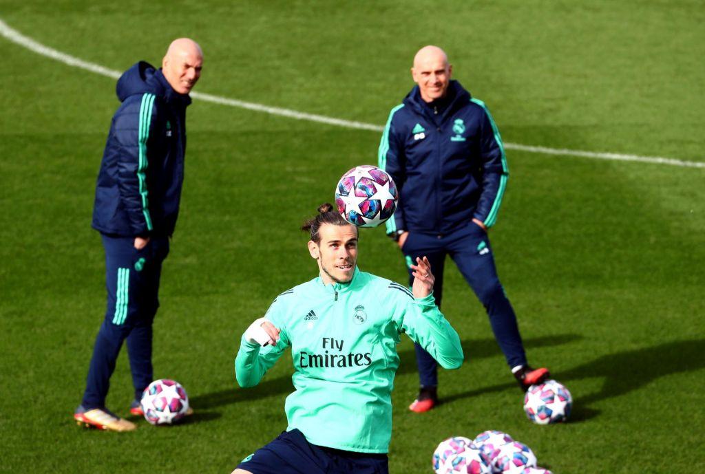 FOTO:V ospredju današnjega večera Pep Guardiola in Zinedine Zidane