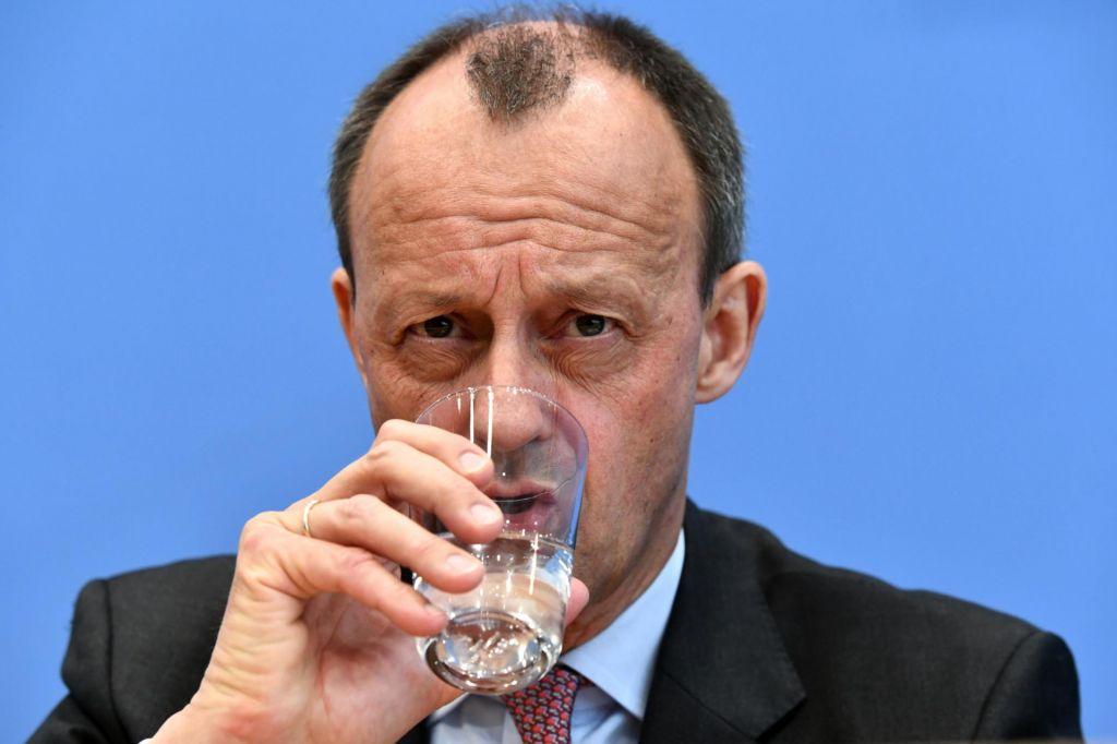 Boj za vodenje CDU bo oster