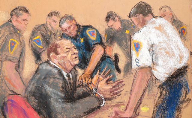 Skica Harveyja Weinsteina na newyorškem sodišču. FOTO: Jane Rosenberg/Reuters