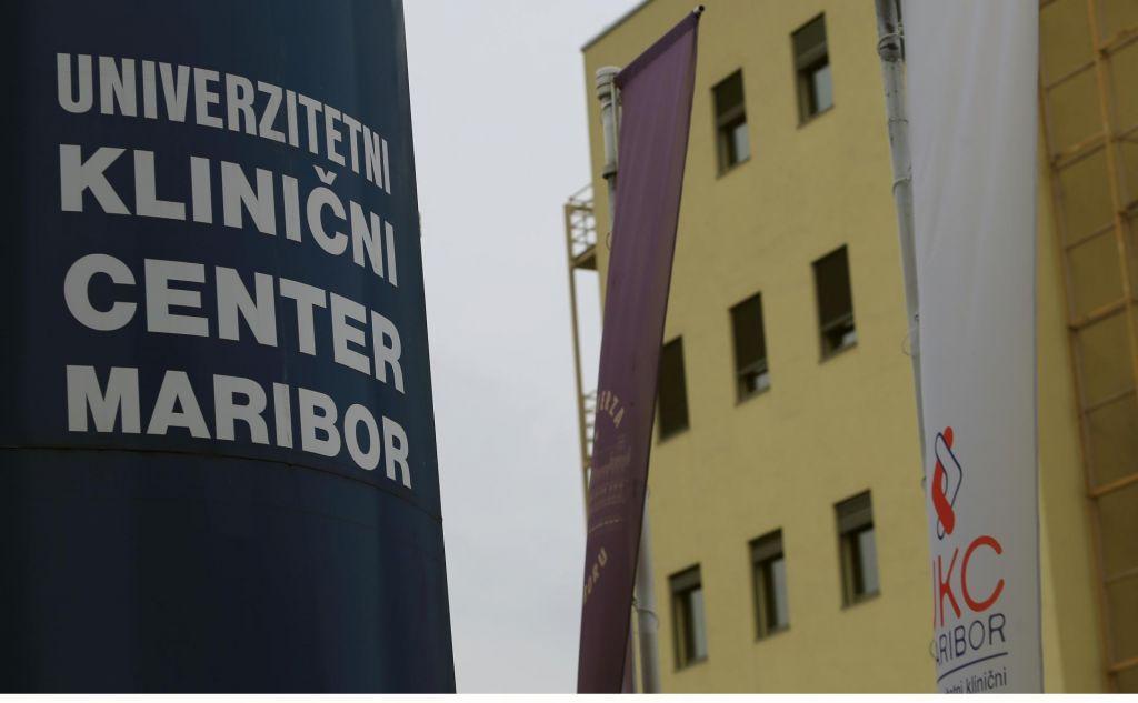 FOTO:Bolnišnice po vsej Sloveniji s popolno prepovedjo obiskov