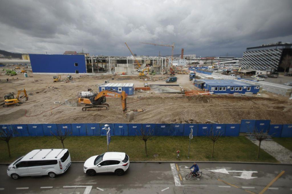 FOTO:Kako napreduje gradnja in kdaj bodo odprli Ikeo
