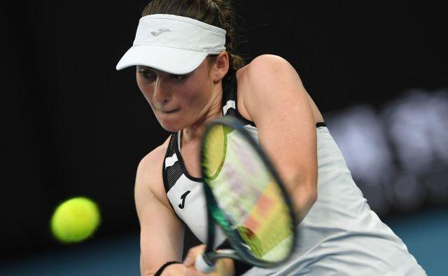Tamara Zidanšek je bila na pragu velikega podviga in uvrstitve v polfinale, a je v dvoboju s skoraj 200 mest nižje uvrščeno na lestvici WTA Mehičanko Renato Zarazuo izgubila po treh nizih. FOTO: AFP