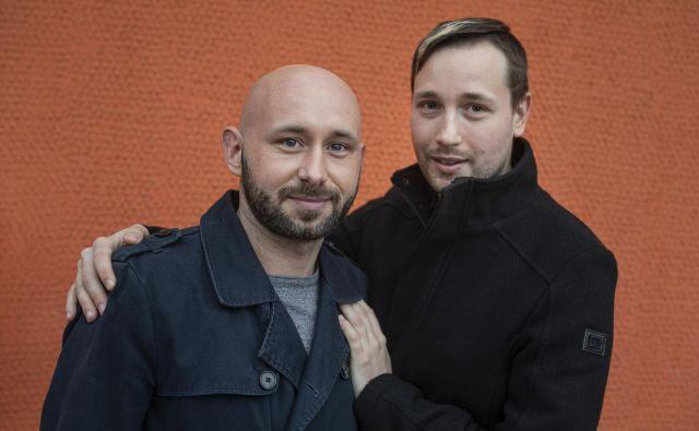 Rene Žunič in Nejc Rek živita iskreno, tako, kot bi privoščila tudi drugim. FOTO: Voranc Vogel