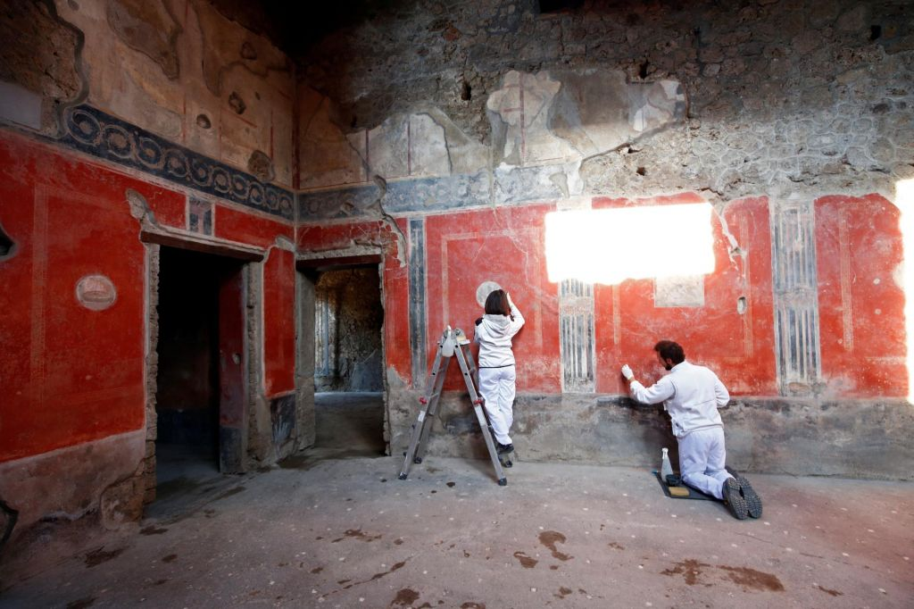 V Pompejih po 40 letih odprli hišo ljubimcev