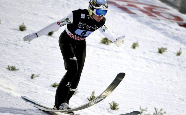Anže Lanišek je danes v Lahtiju zaokrožil elitno deseterico. FOTO: Reuters