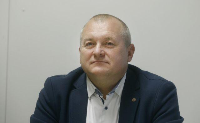 Franc Kangler je komisiji navedel, da naj bi se Miro Cerar na enem izmed srečanj z novinarji »hvalil« s postopki proti njemu kot primerom dobre prakse pri pregonu gospodarskega kriminala. FOTO: Blaž Samec/Delo
