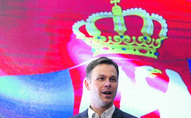 Srbski finančni minister Siniša Mali ne skriva optimizma, ko govori o Srbiji leta 2025. FOTO: Darko Vojinovic/AP