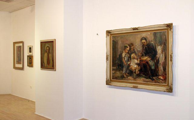 Na razstavi je predstavljenih okoli 50 del Lojzeta Perka. Foto Simona Fajfar