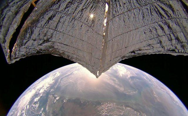 Solarno jadro je opremljeno tudi s kamero. FOTO: Planetary Society