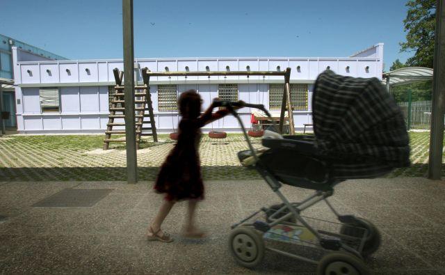 Po kontingentnem načrtu bi kapacitete za nastanitev najprej zagotovili v azilnem domu in njegovih izpostavah. Foto: Jure Eržen/Delo