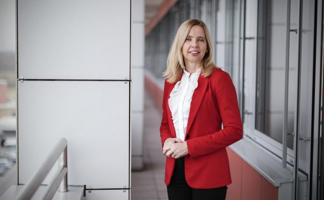 Generalna direktorica policije Tatjana Bobnar je karierna policistka, v njej je od prvega dne delovne dobe, 27 let. FOTO: Uroš Hočevar