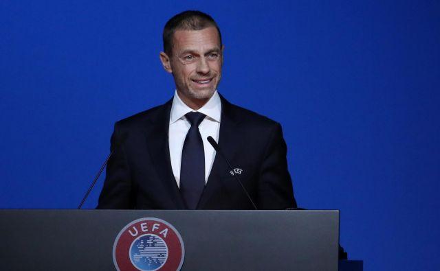 Aleksander Čeferin je v dobro pripravljenem govoru odprl prav tovrstne tematike in znova poudaril, da je ključni izziv Uefe zaščititi nogometno igro. FOTO: Reuters