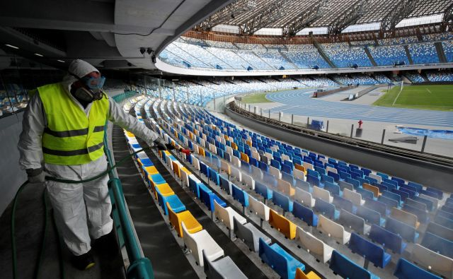 Štadioni v Italiji bodo samevali. FOTO: Reuters