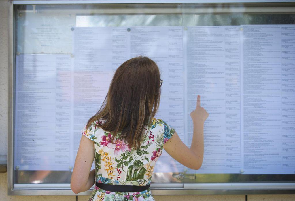 Število brezposelnih prejšnji mesec upadlo