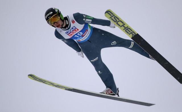 Žiga Jelar je v včerajšnjih kvalifikacijah na Holmenkollnu zablestel z odličnim tretjim mestom. FOTO: Reuters