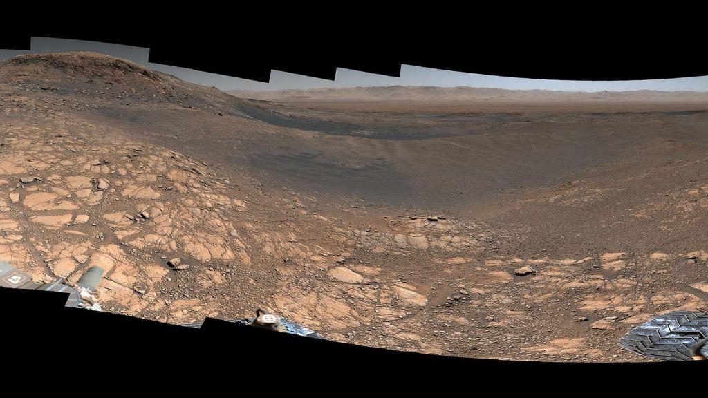 Razglednica z Marsa v visoki resoluciji