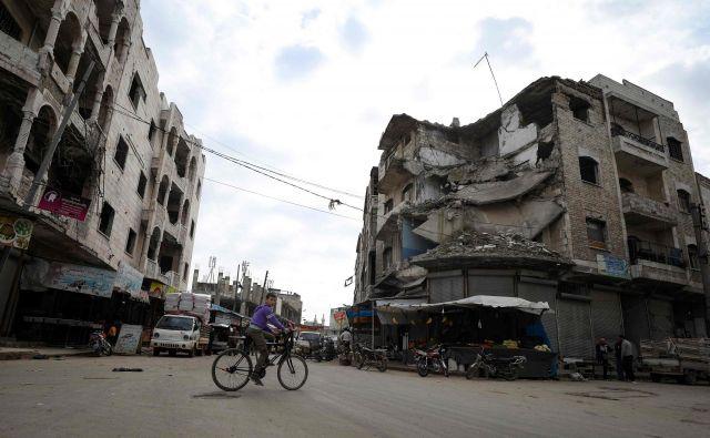 Neba nad Idlibom od konca prejšnjega tedna ne preletavajo več vojaška letala. Foto: AFP