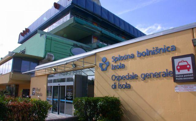 V Izolski bolnišnici bi nujno potrebovali nove prostore, med drugim za pediatrijo, izolacijo kužnih pacientov, hemodializo, operativne posege in onkologijo. Foto Boris Šuligoj