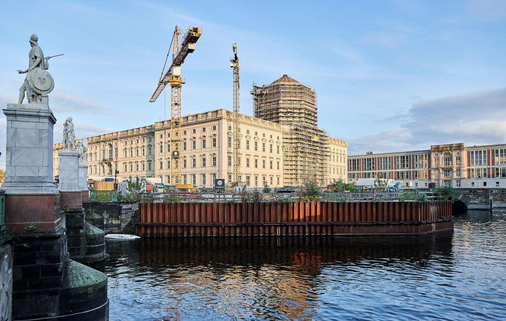 Rekonstrukcija berlinskega mestnega gradu v sklepni fazi