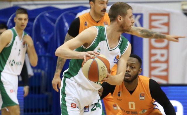 Luka Lapornik je dosegel 17 točk, a ni mogel prepečiti poraza Krke. FOTO: ABA