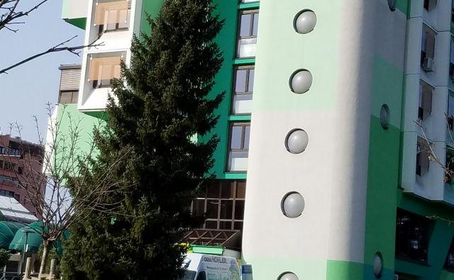 Žrtvam so uredili namestitev v hotelu, dekleta so se morala po navedbah policije prostituirati v hotelskih sobah in drugih prostorih. FOTO: Špela Kuralt/Delo