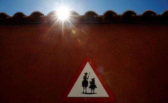 Donkihotstvo se je danes, tudi s pomočjo medijev, sprevrglo v popolnoma nezajezljivo epidemijo. FOTO: Susana Vera Reuters