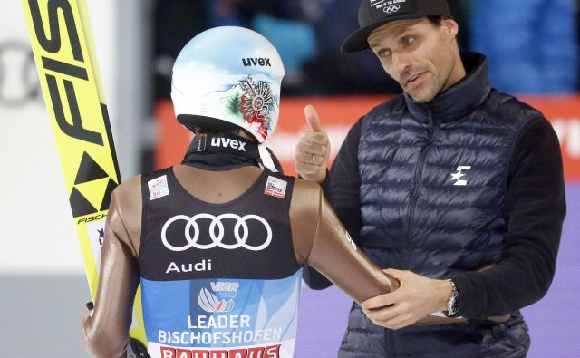 Tudi Sven Hannawald (desno) obžaluje, da bo svetovno prvenstvo v smučarskih poletih v Planici minilo brez gledalcev. FOTO: Reuters