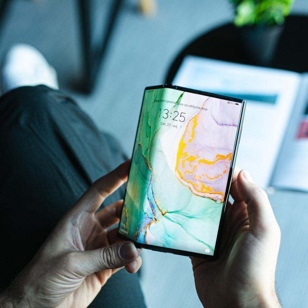 Pet izjemnih lastnosti revolucionarnega zložljivega telefona Huawei Mate Xs