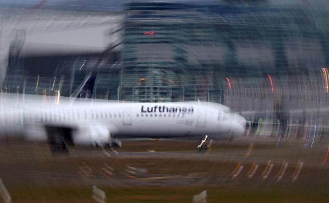 Lufthansa je odpovedala sredin polet iz Ljubljane v Frankfurt. Foto: Reuters