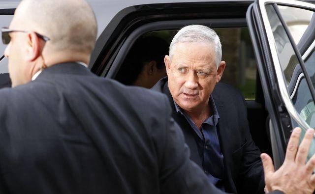 Če bo Ganc dobil zavezo arabske Združene liste in ob tem ohranil podporo rasista Libermana, bo imel dovolj glasov za sestavo vlade.<br /> FOTO: AFP