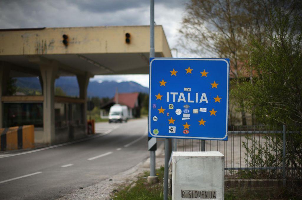 FOTO:Slovenija zapira mejoz Italijo