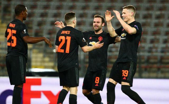 Manchester United je bil razigran pred praznimi tribunami v Linzu. FOTO: Reuters
