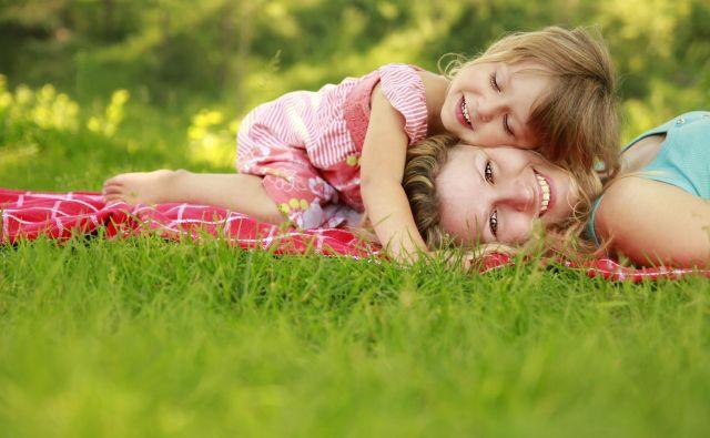 Šele ko sam postaneš starš, se zaveš, koliko predanosti in ljubezni je v tem poslanstvu. FOTO: Shutterstock