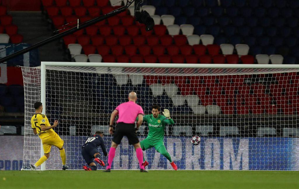 Uefa prekinila tudi spektakla v ligi prvakov in evropski ligi