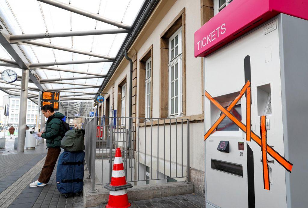 Po Luksemburgu z javnim prometom brezplačno