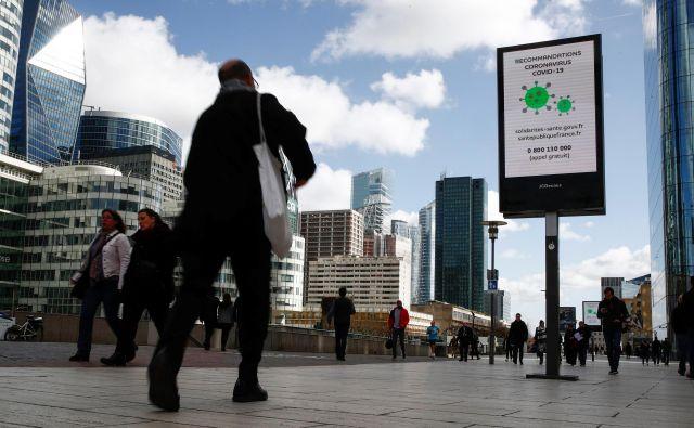 V ponedeljek bodo tudi v Franciji zaprli vzgojno-izobraževalne ustanove. Foto Reuters