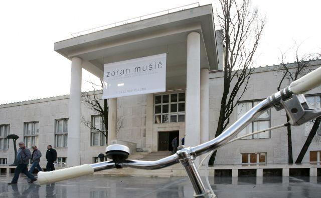 Povabilo v Moderno galerijo na Mušičevo razstavo iz leta 2009. Fotodokumentacija Dela