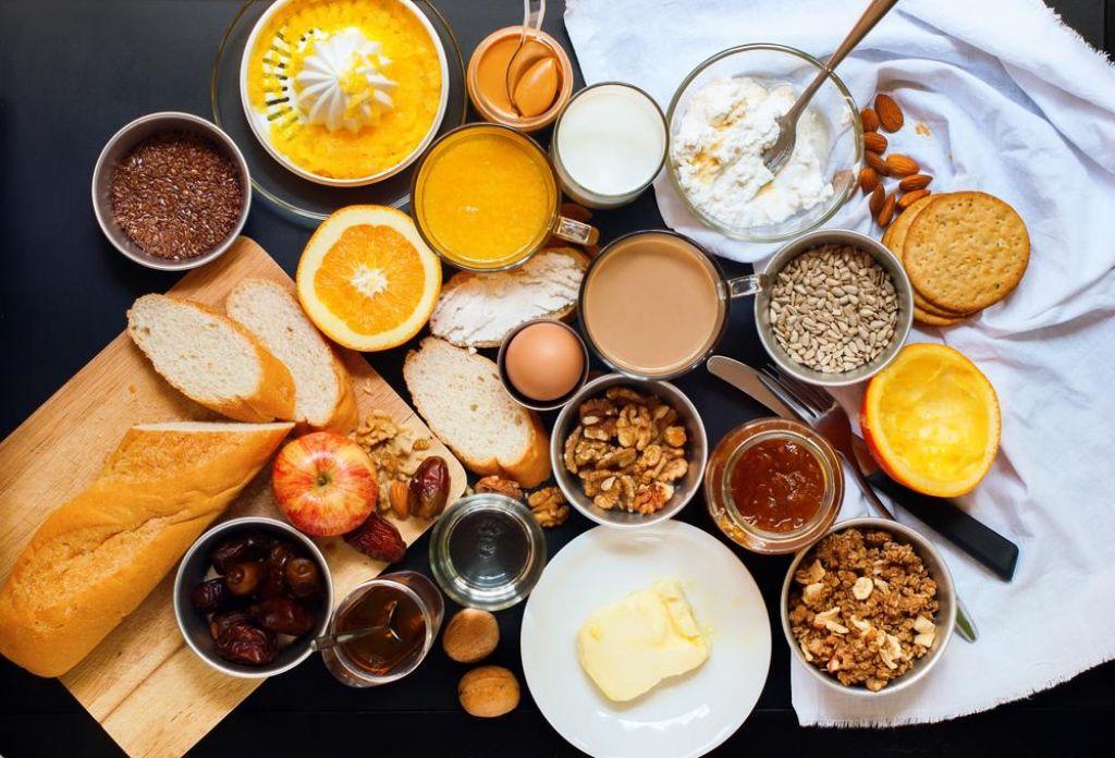 Pet živil, ki jih morate imeti vedno na zalogi
