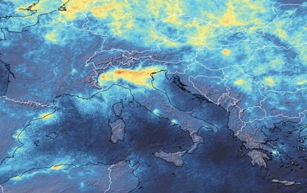 Zaradi koronavirusa nad severno Italijo manj onesnažen zrak