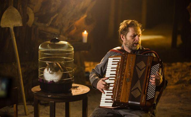 Harmonikar Jure Tori bo imel koncerte z vrha Orleka. Foto Matic Oblak